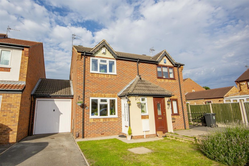 Images for Lawrence Avenue, Colwick, Nottinghamshire, NG4  2GS